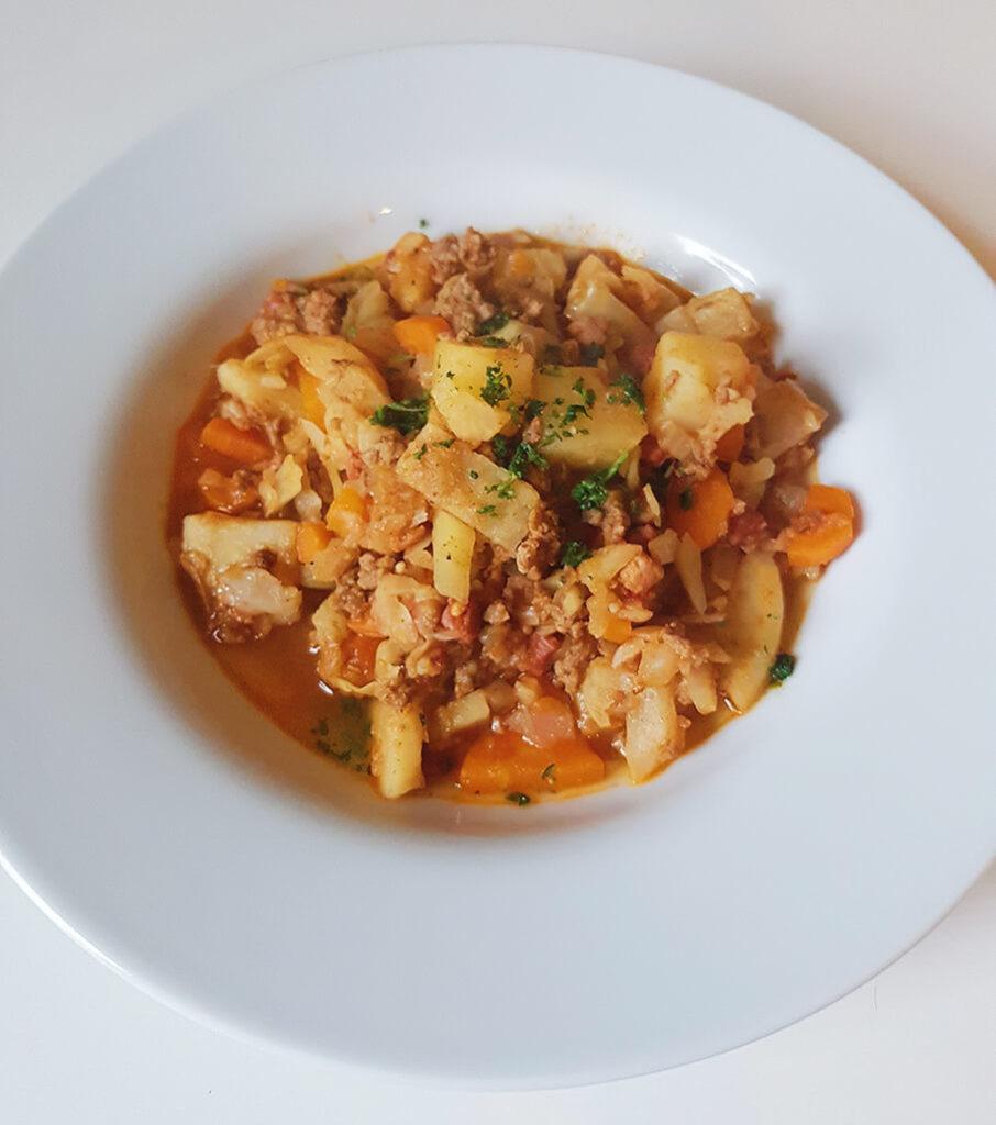 Spicy kål med oksekød