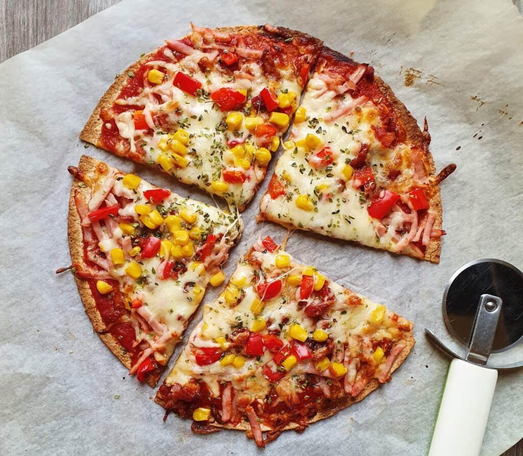 Tortillapizza med gnavegrønt