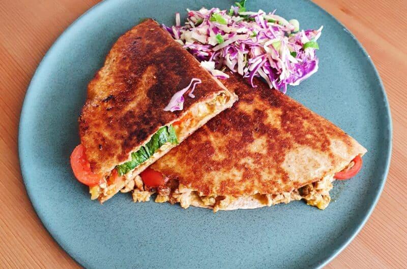 Quesadillas med spinat, ost og kylling