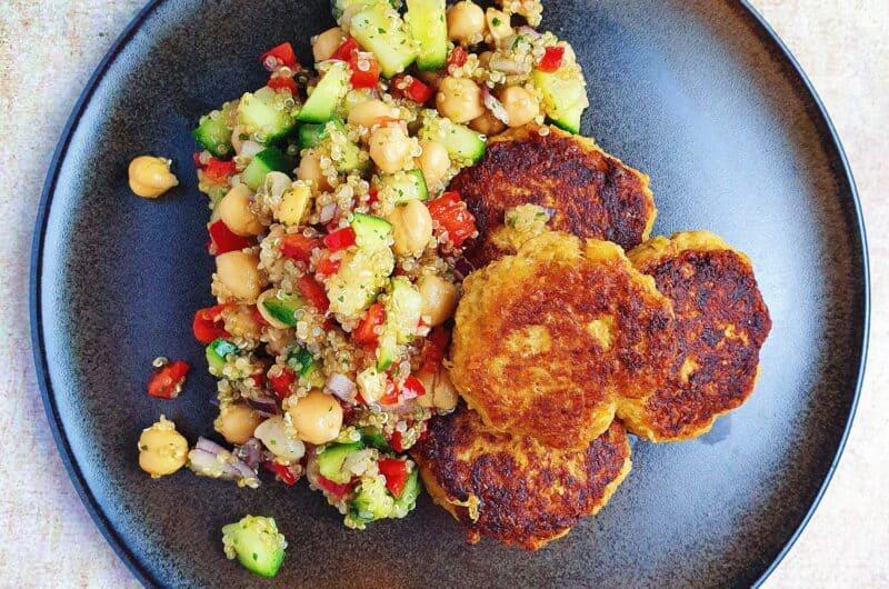 Sellerideller med quinoasalat og fuldkornsbrød