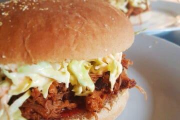 Fuldkorns burger med pulled pork