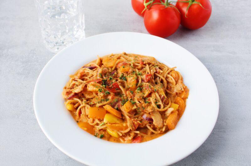 One pot pasta med kyllingekebab