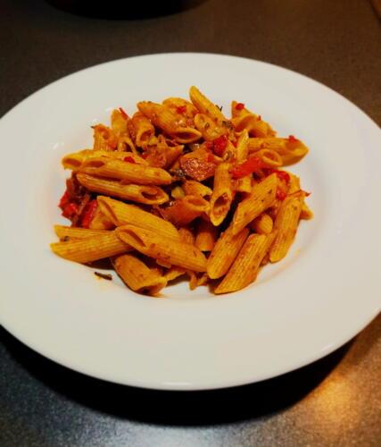 Pasta m. chorizo, peberfrugt og squash