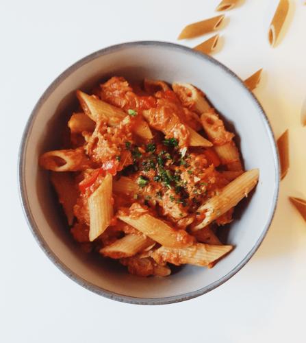 Fuldkornspasta m. tun i tomat